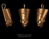 Nefertiti, necklace pendant (facing forward)