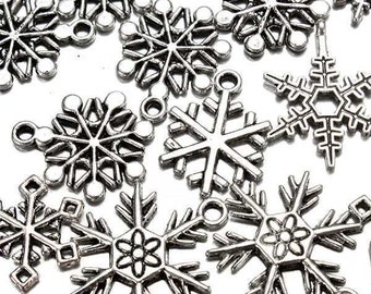 50 Mixed Plated Silver Christmas Snowflake Pendant