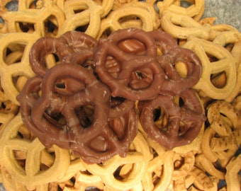 Chocolate covered Graham Pretzels 1 LB
