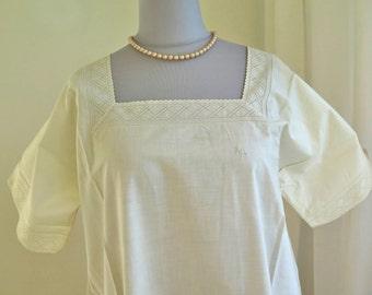 Antique white Nightgown - Summer Night Dress