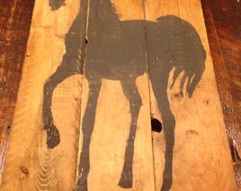 Table wall horse on wooden board