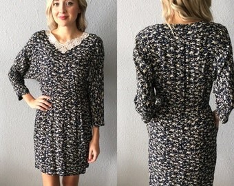 Vintage Floral Peter Pan Collar Dress