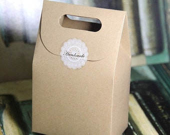 50PS Gift Kraft Box Craft Bag with Handle Soap Candy Bakery Cookie Biscuits Packaging Paper Boxes for Chrismas