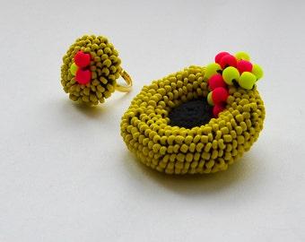 "Crochet jewelry set ring&brooch ""Futuristic"" -luminescent color-Crochet Ring- Crochet beaded brooch-Yellow"