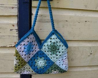 Crochet handbag in blue and green