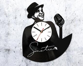Frank Sinatra vinyl clock,Frank Sinatra art wall clock,vinyl record clock,record clock,vinyl clocks,4722016