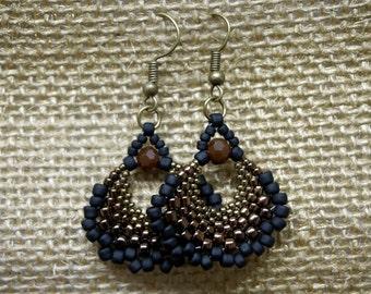 Bronze and Black Peyote Fan Earrings