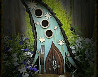THREE WITCHES birdhouse/bird house /handmade /Garden art /bird houses /birdhouses