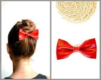 Red leather hair bow / Red bow clip / Hair accessories for children / Genuine red patent leather / Christmas hair bow