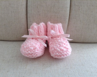 Hand Knit Baby Booties/Boy or Girl Baby Booties/Neutral Baby Gift