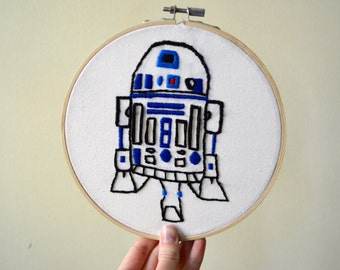 R2D2 Hand Embroidery Hoop