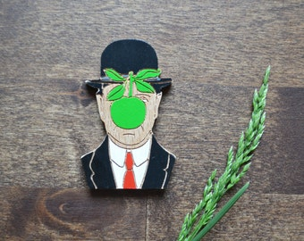 The son of Man pin / Rene Magritte pin / Wood art pin / Wood pin / Wooden brooch