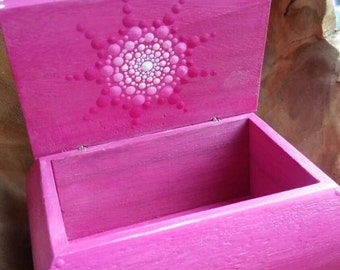 Beautiful jewelry boxes hand painted vintage look, Dotpainting dot art