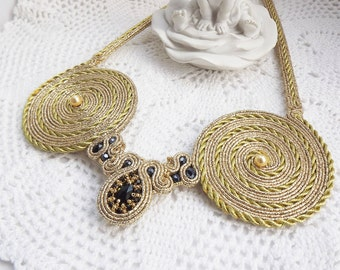 Soutache necklace gold Soutache jewelry Black gold soutache necklace Large soutache necklace Statement soutache necklace Bib necklace
