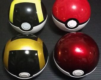 Custom Sprayed Pokeball and Ultraball, Pokemon cosplay must have