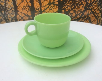 Beetleware trio set 1940s green plastic