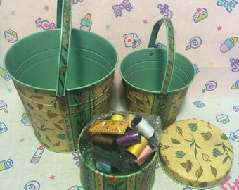 Vintage Busquets - 2 Buckets (small + medium) and Small box with Sewing Kit / Busquets 2 cubos + caja con set de costura
