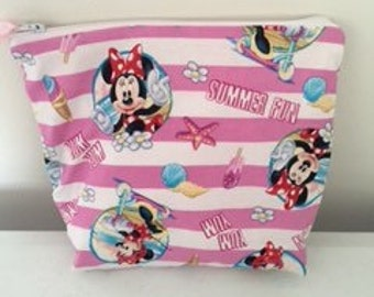A beautiful make up bag of Minnie Mouse