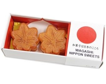 """Japan Sweets magnet """"Maple buns""""  MGW005497 2 piece"""