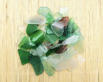50 pcs Sea Glass Unpolished Bulk sea glass Light blue white green seaglass Beach Sea glass crafting Tumbled sea glass Sea glass mosaic