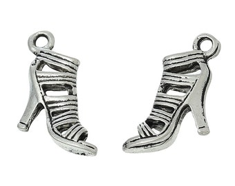 10 Antique Silver Metal Alloy High Heels  Charms  16mm x14mm (B18)