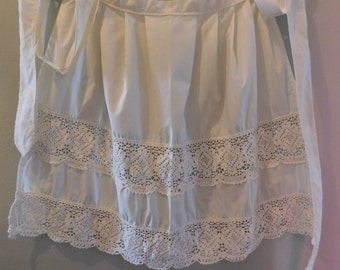 Delicate Pretty 1950's Handmade Vintage Crochet & Linen Pleated Apron Homemaker Mothers Day Special