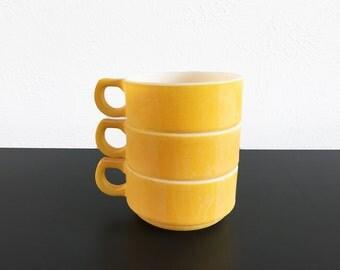 Vintage Fire King Nesting Soup Bowls – Set of 3