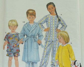 2002 Simplicity Paper Sewing Pattern 5874 Toddlers' And Child's Sleepwear And Robe Size BB 3,4,5,6
