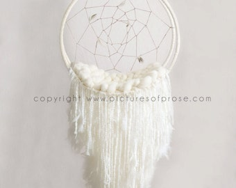 Digital Dreamcatcher Backdrop for Newborn Photography with Yarn and Feathers