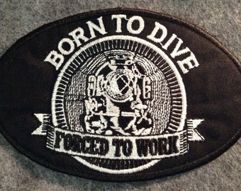 "Large 5""x3"" 'Born to Dive' Oval applique patch"