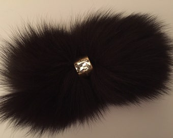 Extremely beautiful brooch-ribbon in brown color,hand-made leather fox fur and Swarovski crystal,size 20/10 cm, can be hung anywhere.