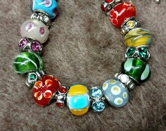 Glass beaded silver bracelet