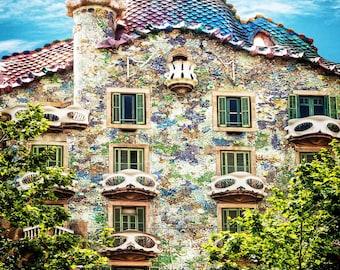 Casa Batllo Barcelona Spain, Casa Battlo Photo, Gaudi Masterpiece, Colored Tiles, Unique Balconys, Barcelona Landmark, Wall Art