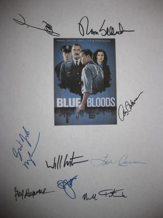 Blue Bloods signed TV script Screenplay X9 Autographs Tom Selleck Bridget Moynahan Donnie Wahlberg Will Estes Len CariouAmy Carlson Roth