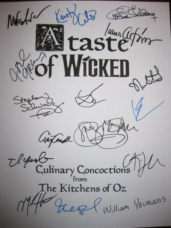 Wicked Signed Broadway Musical Cookbook X16 Recepies Cooking Autograph Kristin Chenoweth Idina Menzel Ben Cameron Christopher Fitzgerald