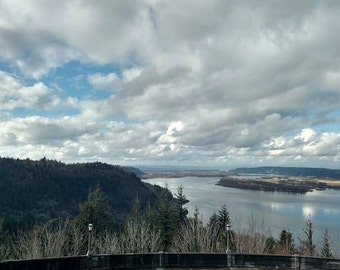 "Photograph Print ""Oregon & Washington Columbia River View"""