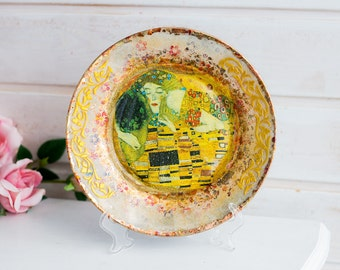 Decorative plate, Wall decor, Yellow plate, Scenic plate, Display plate, Table decor, Glass plate, Kiss decorative plate, Wall decor plate