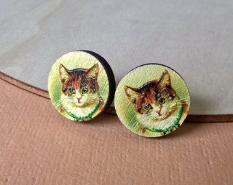 Cat wood earrings, textured cat earrings, cat lovers gift, cat stud earrings, gift for her, wood jewelry, cat earrings, painted wood jewelry