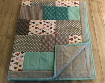 French bulldog fleece backed quilt