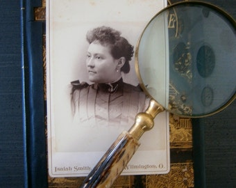Victorian Woman Cabinet Card Photo