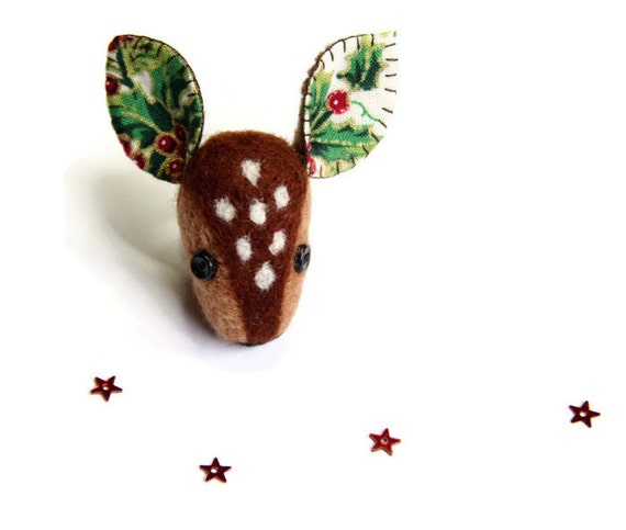 https://www.etsy.com/uk/listing/484821507/christmas-deer-brooch-unique-christmas?ref=related-0