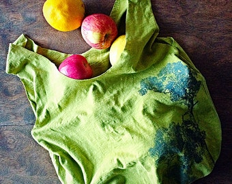 Reuseable grocery bag/ market bag/ ecofriendly bag/ beach bag/ gym bag/ shopping tote bag/ upcycled tshirt tote/ green tote