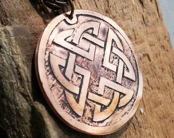 Pendant with Celtic Knot