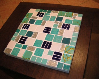 """Below of dish mosaic, """"turquoise blue"""" turquoise"""