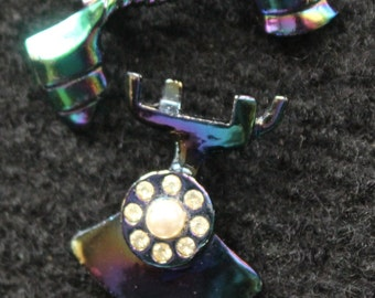 Old Fashion Telephone Pin
