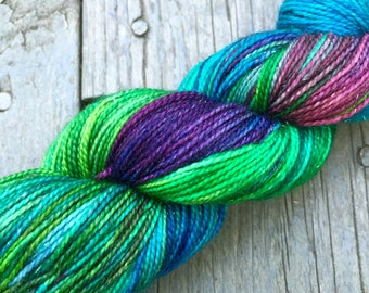 NEW DEEP *Sparkle Sheep Feet* Hand-Dyed 2-Ply Merino/Nylon/Stellina Sock Yarn