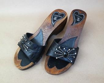 Vintage Women's Clogs, Leather Sandals,  Black Mules,  Black Leather Clogs  Wooden Sole  Size 37 EU