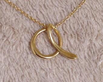 Excellent Rare Tiffany & Co. Alphabet A Letter Pendant Necklace 750 Gold 18K RP800USD