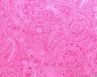 Pink paisley fabric - Hot pink fabric - Paisley print fabric - Paisley cotton fabric - Quilting fabric - 100% cotton - Fabric UK