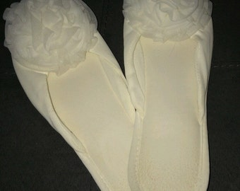 Vtg 1960s Mod Chiffon Glamour Skuff  by Madye Bedroom Slippers Cream Color Sz S